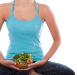 posizione-yoga-e-insalata